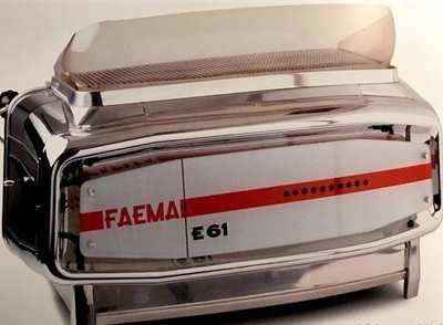 Macchina Caffè Faema E61 3 Gruppi