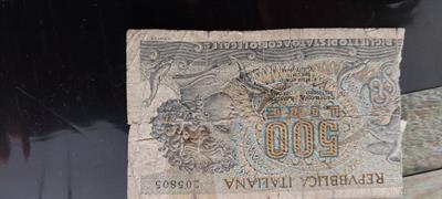 Banconota da 500 lire purtroppo manca
