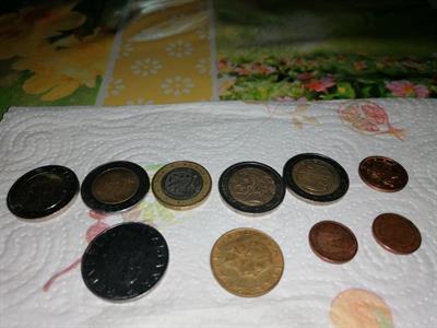 Nove monete miste e rare chiamate